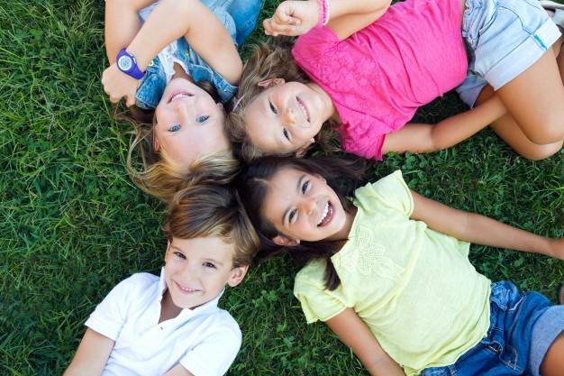børn-der-øver-mindfullness